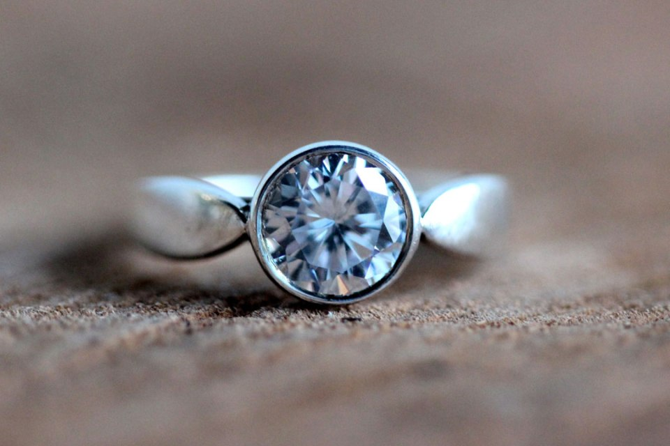 Leaf Engagement Ring
