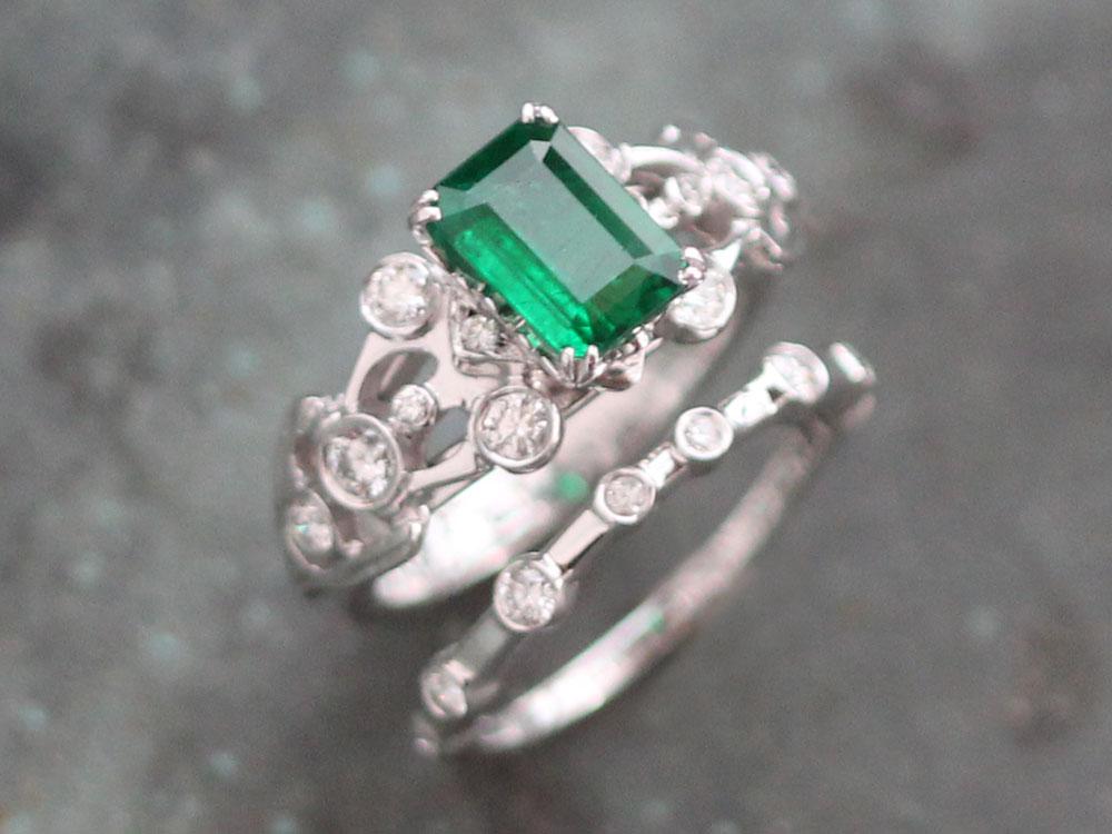 Liloveve-Custom-Emerald-Engagement-Wedding-Band-Set   LILOVEVE - photo #27