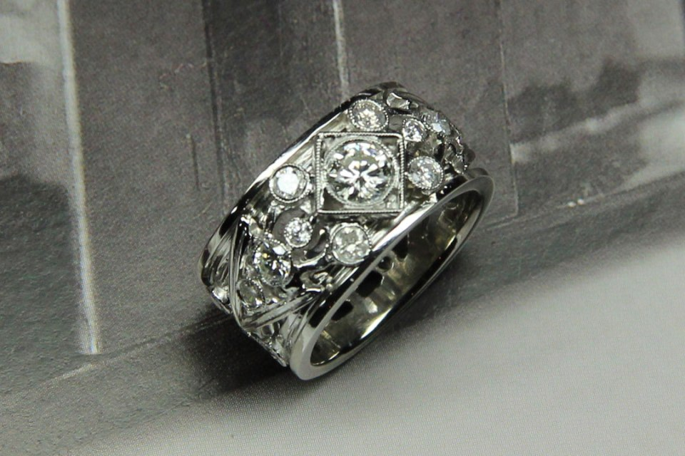 Deco Platinum Engagement Band