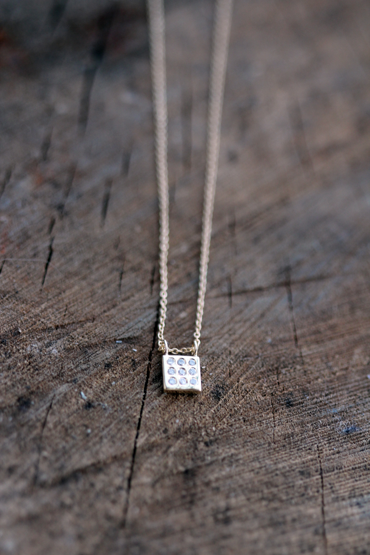 Square diamond necklace 14K Gold and 9 white diamonds 2013