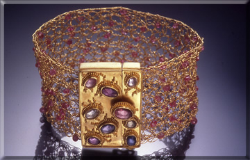22k gold crochet bracelet with sapphires, granulated clasp with rose cut sapphires