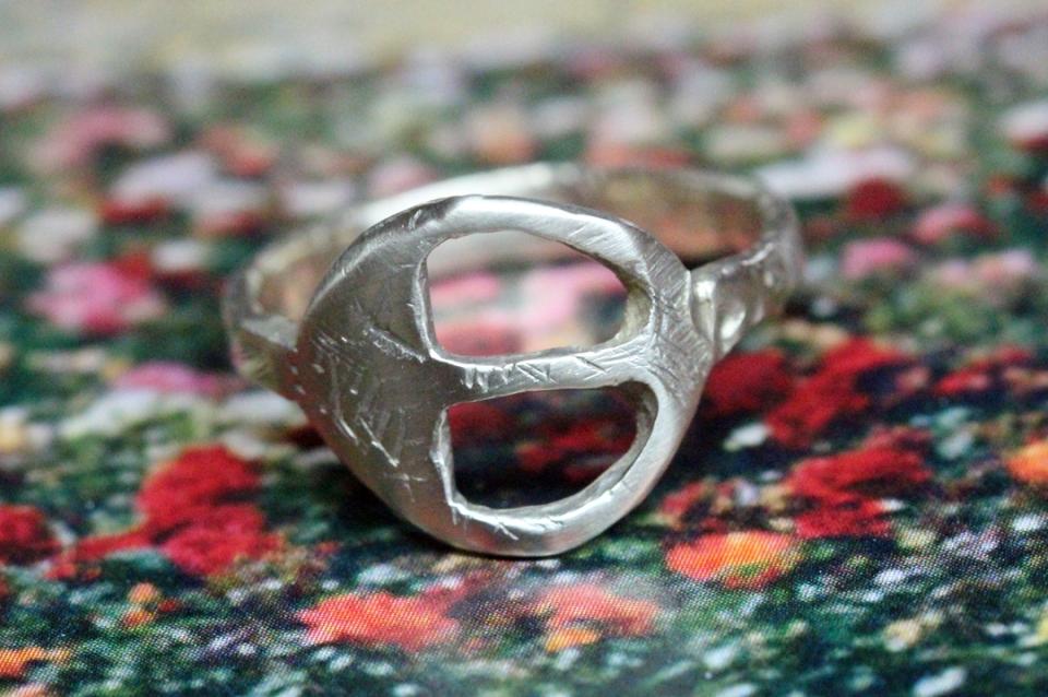 Adnellt ring