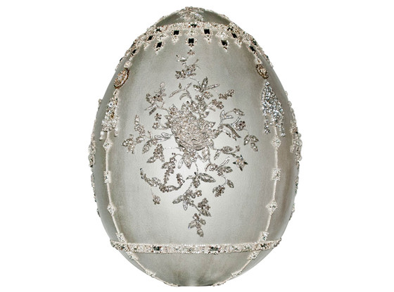 Big Egg by Marchesa