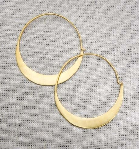 Flattened hoops by www.juliecollection.com