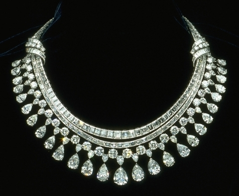 hazen-diamond-necklace
